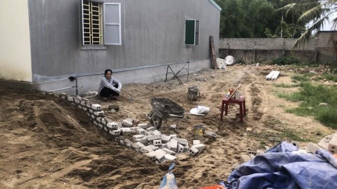 Ngôi nhà bà Dung đã bị các đối tượng phá đi và xây lên ngôi nhà khác