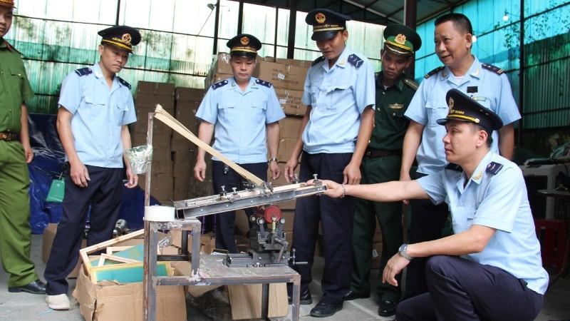 Bắt giữ kho chứa 280 kiện hàng nghi giả mạo xuất xứ Thái Lan tại Lạng Sơn