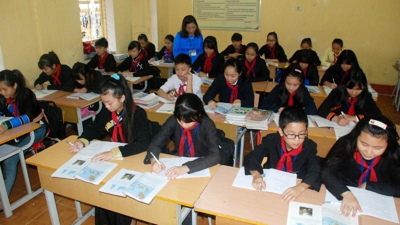 Học sinh tại một trường dân tộc nội trú phía Bắc