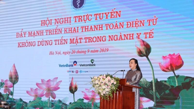 lBộ trưởng Bộ Y tế tại  Hội nghị trực tuyến đẩy mạnh triển khai thanh toán không dùng tiền mặt trong ngành y tế.  Ảnh: Trần Ngọc Kha