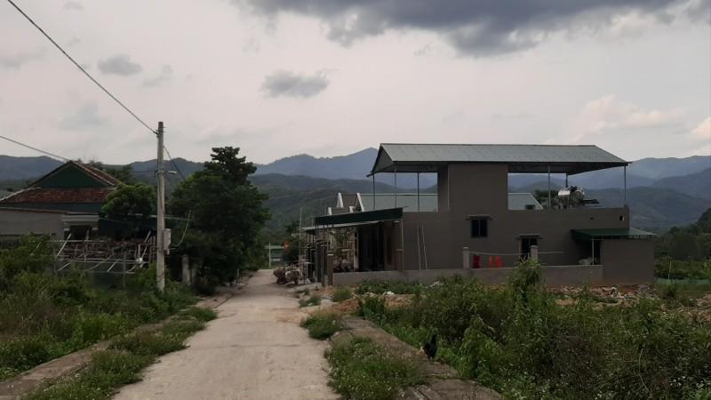 Khu đất tái định cư  Vườn Xoài được đưa ra bán định giá, có 20 trường hợp là cán bộ thị trấn, huyện được cấp đất sai đối tượng