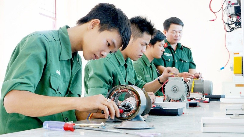 Bà Rịa – Vũng Tàu: Từ chối nhận đào tạo nghề cho bộ đội xuất ngũ vì… hộ khẩu ngoại tỉnh
