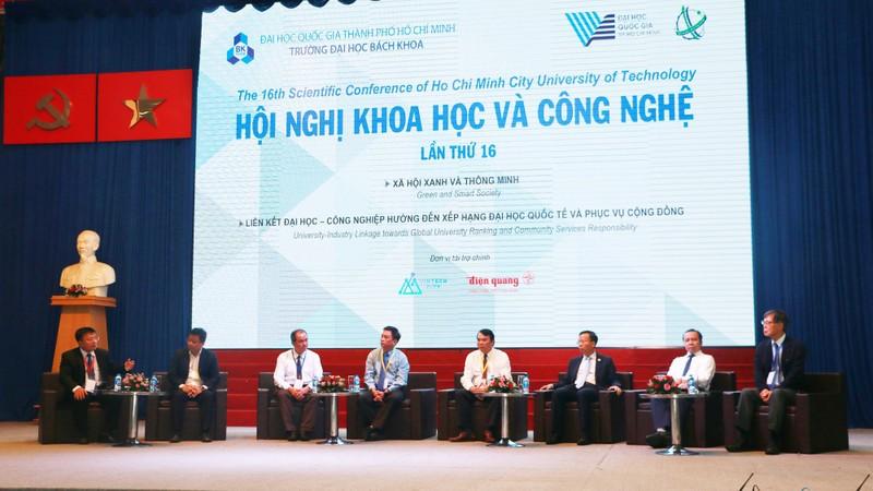 Nhà trường và doanh nghiệp hợp tác nghiên cứu nâng cấp hệ thống chiếu sáng đô thị ở TP HCM
