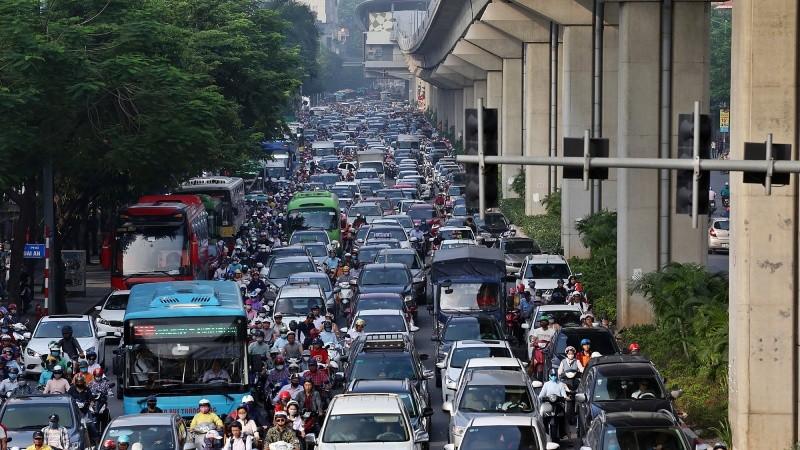 Ùn tắc giao thông tại Hà Nội, TP HCM xu hướng gia tăng