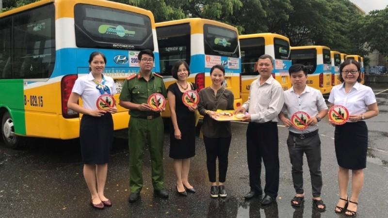 Diễn đàn 'Phụ nữ với an toàn giao thông'