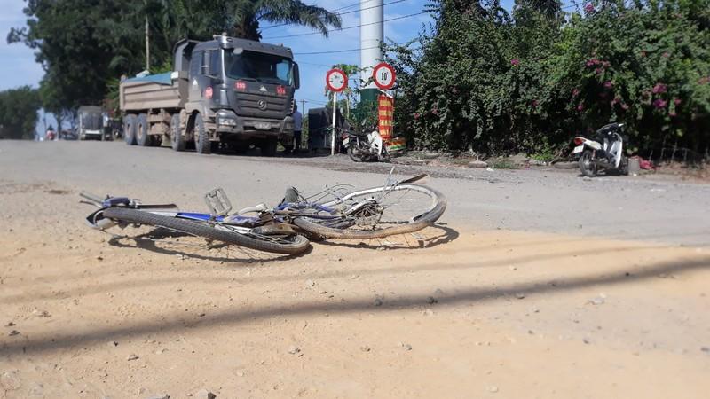 Đồng Nai: Thêm một nạn nhân chết thảm dưới gầm 'hung thần xe ben'