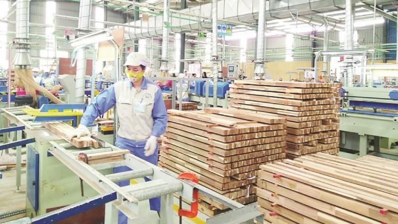 """FDI ngành gỗ tăng """"nóng"""": Lo ngại đầu tư """"chui"""", đầu tư """"núp bóng""""…"""