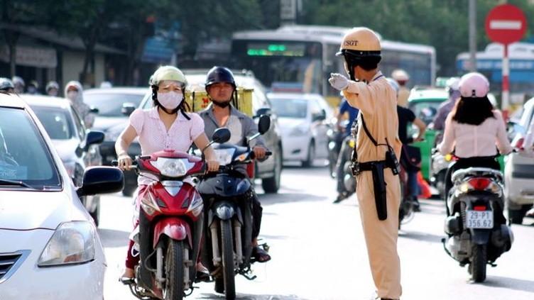 Cảnh sát giao thông dừng xe kiểm tra trong trường hợp nào?