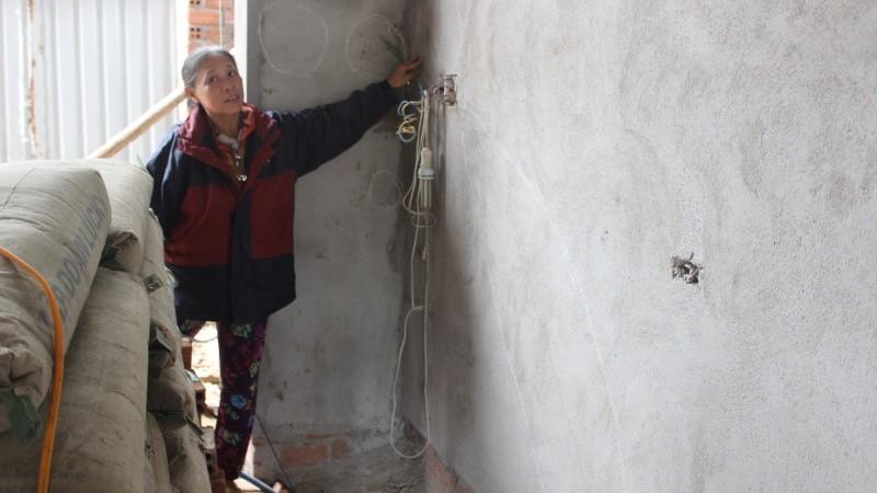 Vụ kiện chủ thầu xây nhà… không có móng tại Phú Yên: Cả gia đình dắt díu đi ở trọ