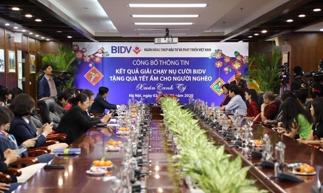 BIDV dành 20 tỷ đồng tặng quà tết và tổng kết giải chạy 'Tết ấm cho người nghèo 2020'