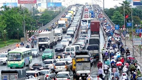 Tắc nghẽn giao thông từ lâu là vấn đề nóng của TP HCM
