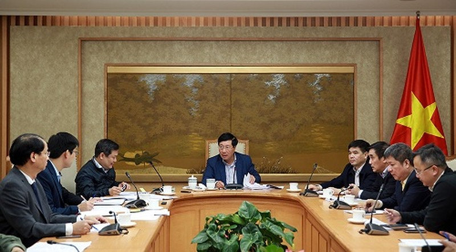 Phó Thủ tướng, Bộ trưởng Ngoại giao Phạm Bình Minh yêu cầu trình Chính phủ Nghị định mới về quản lý, sử dụng ODA và vốn vay ưu đãi trước ngày 20/2 - Ảnh: VGP/Hải Minh