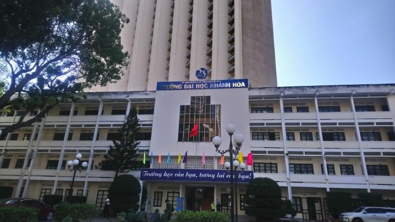 Dấu hiệu thông thầu gói thầu nâng cấp thư viện Đại học Khánh Hòa