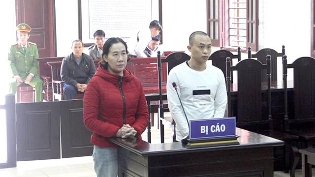 Đặng Nhật Long và Nguyễn Thị Hiền tại tòa