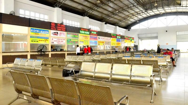 Bến xe khách trung tâm TP Cần Thơ khách vắng vẻ giữa mùa dịch