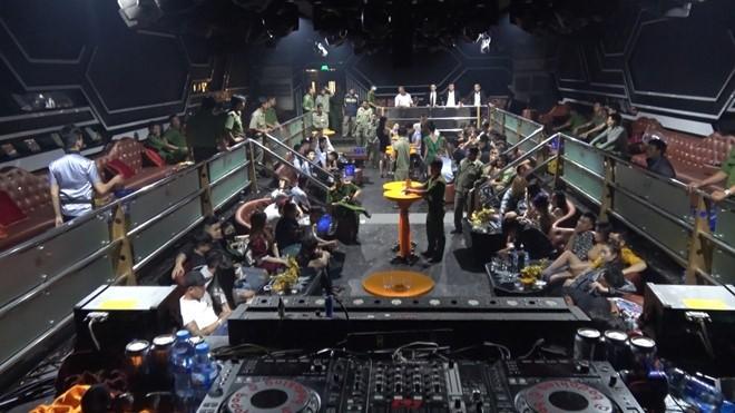 Công an Tây Ninh phát hiện 45 người dương tính với ma tuý tại quán bar Holiday Club hôm 6/3/2020.