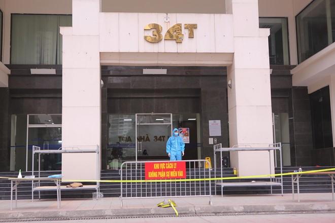 Hà Nội phong tỏa toà 34T Trung Hoà Nhân Chính vì có người dương tính SARS-Cov-2 - ảnh 1
