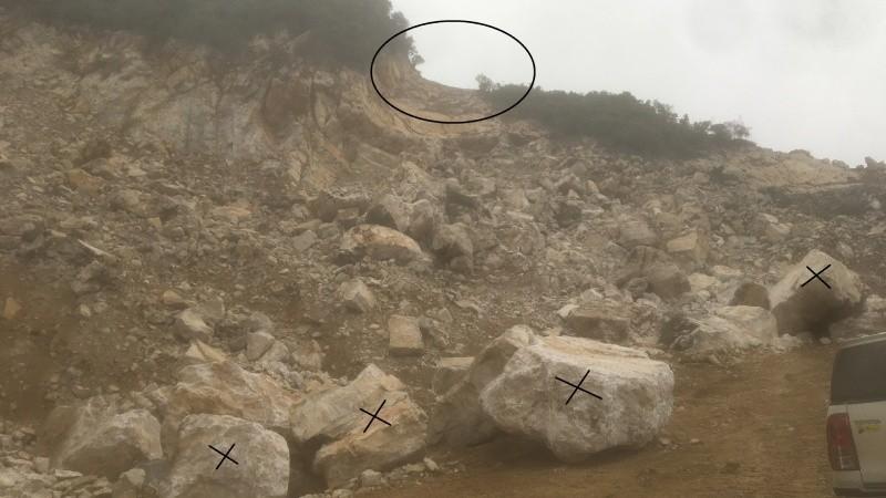 """Vụ tai nạn tại mỏ đá Cty Thông Đạt: Không có chuyện khai thác đá kiểu """"hàm ếch"""""""