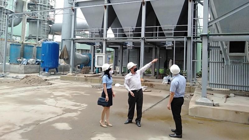 Cán bộ BIDV Thái Nguyên khảo sát khách hàng gặp khó khăn