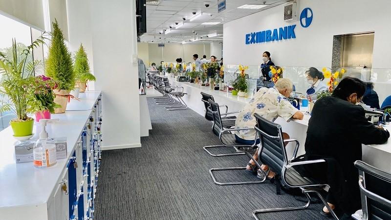 Eximbank điều chỉnh lãi suất chung tay cùng khách hàng vượt khó