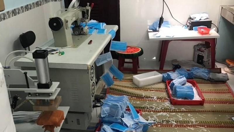 Hiện trường vụ giả mạo nhà sản xuất khẩu trang ở TP Hồ Chí Minh vừa bị phát hiện