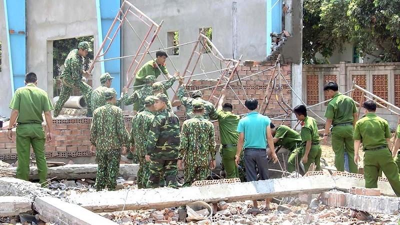 Vụ sập tường 7 người chết ở Vĩnh Long: Công ty TNHH BoHsing bất ngờ thoát trách nhiệm