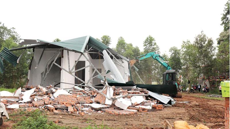 Một vụ phá dỡ công trình sai phép bị khiếu nại tại TP Vĩnh Yên: Chưa làm rõ nguồn gốc đất đã quyết định phá dỡ