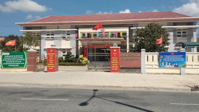 """Diễn biến vụ UBND Cam Lâm (Khánh Hòa) bị tố """"hành dân"""": Vụ việc lại bị giải quyết theo hướng """"vòng vo"""""""