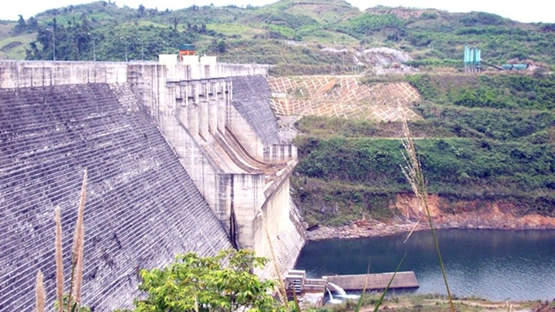 Điều tiết hồ thủy điện ứng phó khô hạn