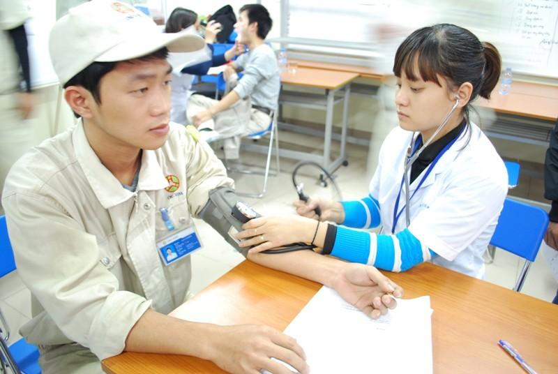 Chế độ ốm đau - những quyền lợi người lao động cần biết