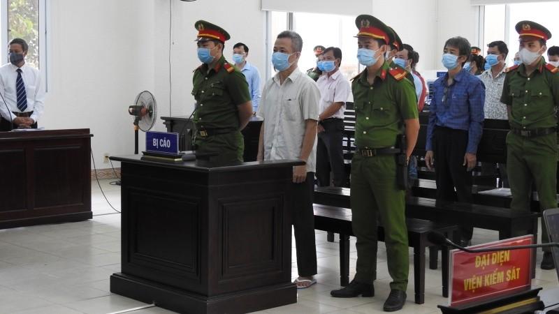 Cả ba bị cáo đều kêu oan, cho rằng cáo trạng quy chụp, suy diễn, không có căn cứ.