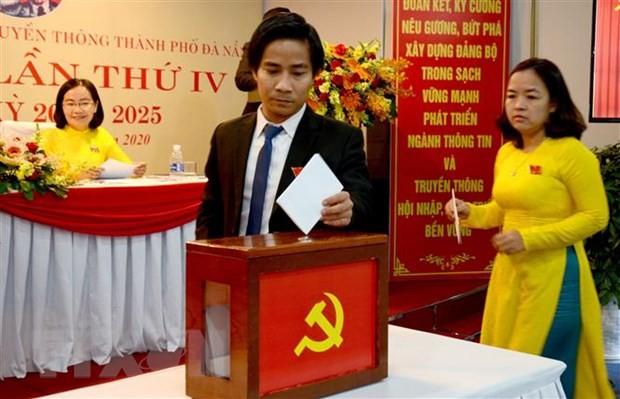 Tien toi Dai hoi XIII cua Dang: Cong tam, toan dien chon dung can bo hinh anh 2