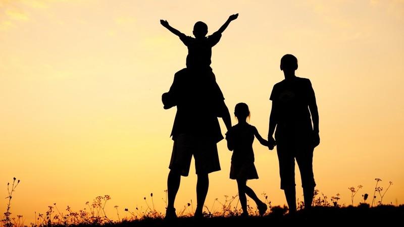 Hạnh phúc gia đình được xây đắp lên từ những điều giản dị nhất. (Ảnh minh họa)
