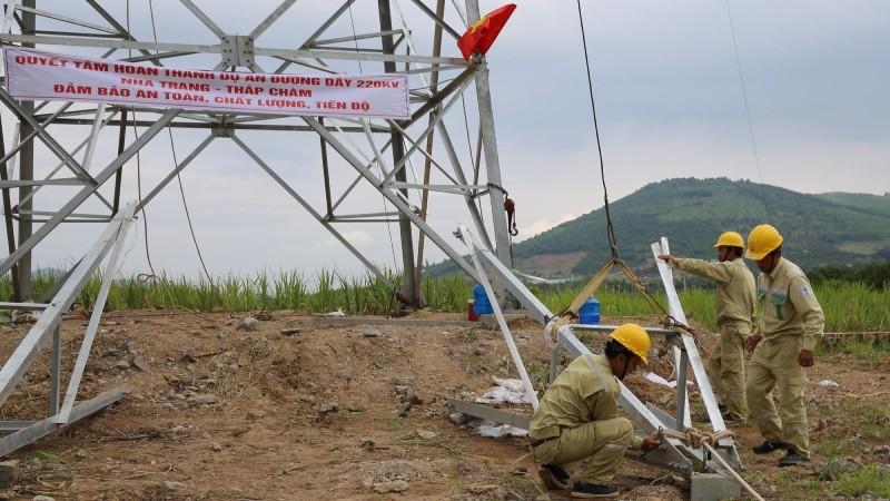Dự án 220kV Nha Trang - Tháp Chàm đang gặp vướng mắc về chuyển đổi rừng và nhà yến trên tuyến
