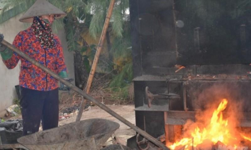 Lò đốt rác cỡ nhở dễ tạo thành dioxin gây nguy hại cho môi trường và sức khỏe con người