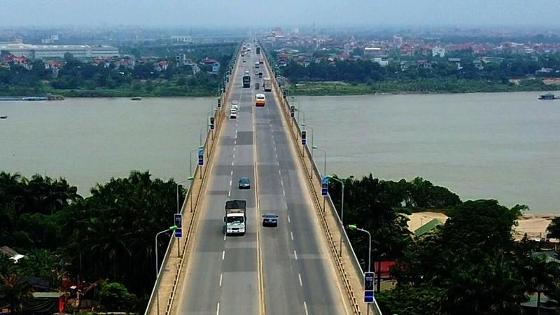 Cầu Thăng Long trước khi sửa chữa