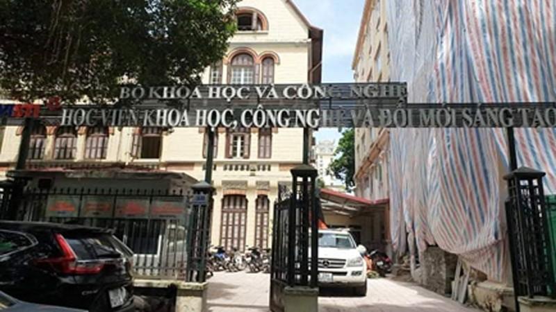 Vụ bất ngờ hủy quyết định tuyển dụng với cán bộ: Giám đốc Học viện KHCN & Đổi mới sáng tạo bị kiện ra tòa