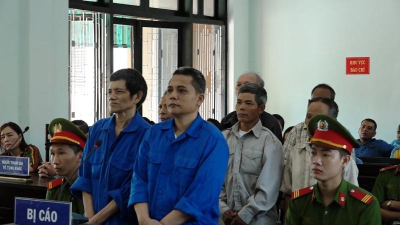 Các bị cáo bị tuyên phạt tổng cộng 50 năm tù.