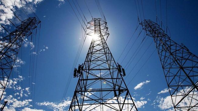 Hạ tầng lưới điện vẫn không thể theo kịp tiến độ phát triển của nguồn điện năng lượng tái tạo.