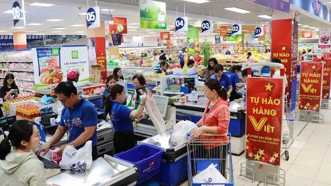 Hàng Việt bước vào cuộc cạnh tranh lớn trên sân nhà