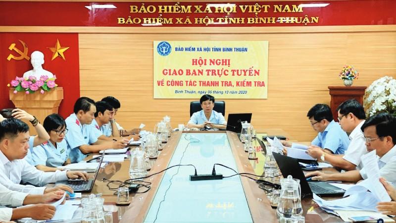 BHXH Bình Thuận họp giao ban trực tuyến về công tác thanh kiểm tra.