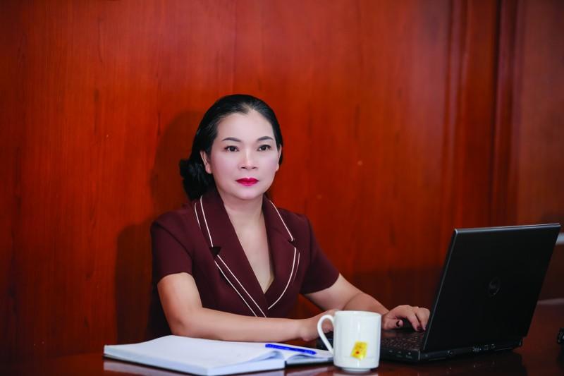 Bà Hoàng Thị Thanh
