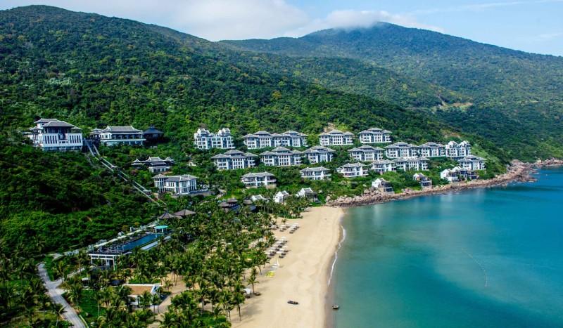 InterContinental Danang Sun Peninsula Resort tọa lạc tại bán đảo Sơn Trà