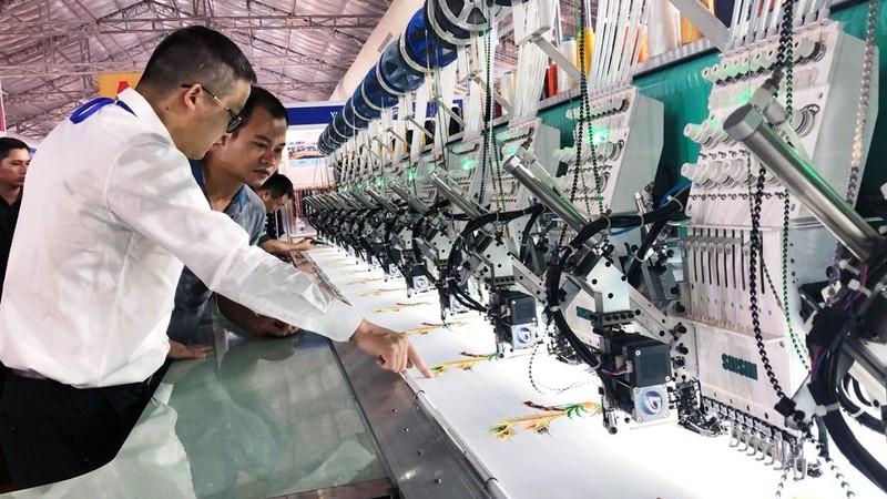 Ngành công nghiệp hỗ trợ Việt Nam kỳ vọng sẽ có sự chuyển mình.
