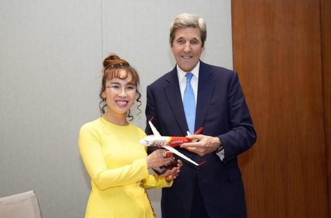 Đại sứ Hoa Kỳ thăm và làm việc với HD Bank, Vietjet - ảnh 5