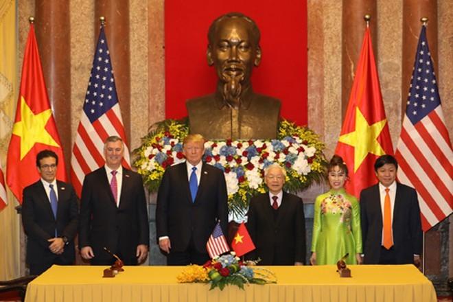 Đại sứ Hoa Kỳ thăm và làm việc với HD Bank, Vietjet - ảnh 3