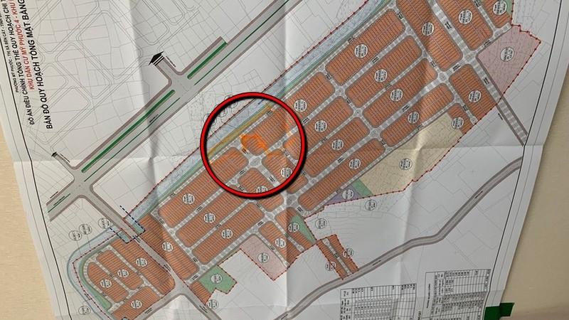 Dự án Mỹ Phước 4 – khu B (TX Bến Cát, Bình Dương) bị chậm sổ đỏ một thời gian dài vì vướng khu đất công xen kẹt nằm trong ranh dự án.