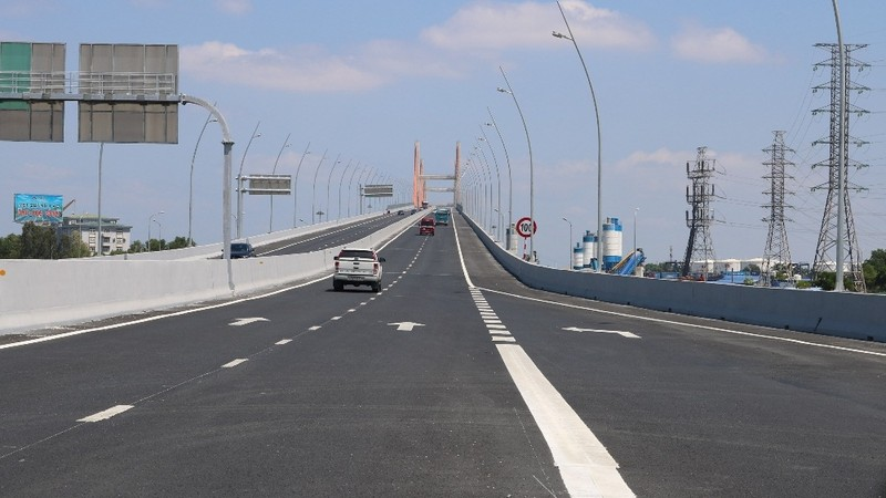 Dự án cầu Bạch Đằng kết nối đường cao tốc Quảng Ninh với Hải Phòng, Hà Nội.