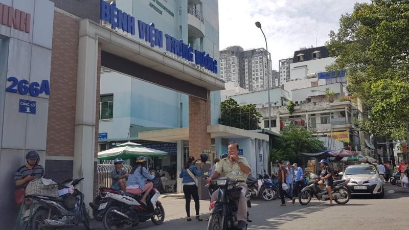 """Bệnh viện Trưng Vương: 7 năm, thực hiện """"chui"""" hơn 3.000 ca làm đẹp"""