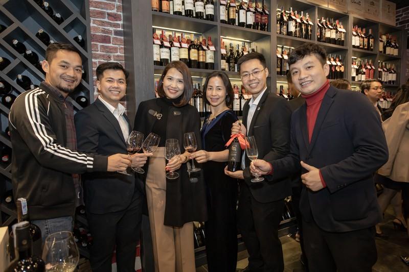 Đắm say cùng rượu vang Cao Minh - Ảnh 1